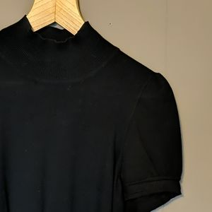 Express mock turtleneck with buckle accents Sz M